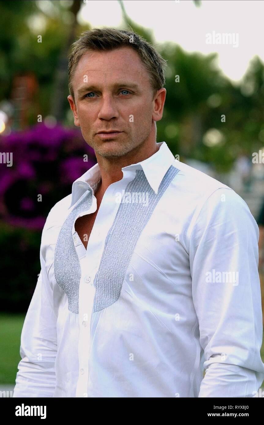 6a00b5085a Casino Royale Daniel Craig Stock Photos & Casino Royale Daniel Craig ...