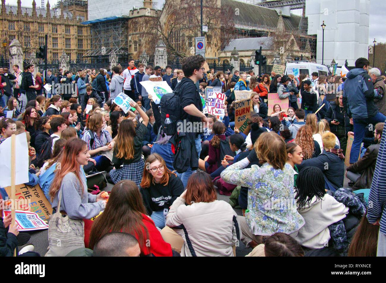 London, UK. 15th Mar 2019. 2nd UK-wide Youth Strike for Climate brings Parliament Square and Westminster Bridge to a standstill after protesters block traffic into two main routes into the area. Credit: Knelstrom Ltd/Alamy Live News Stock Photo