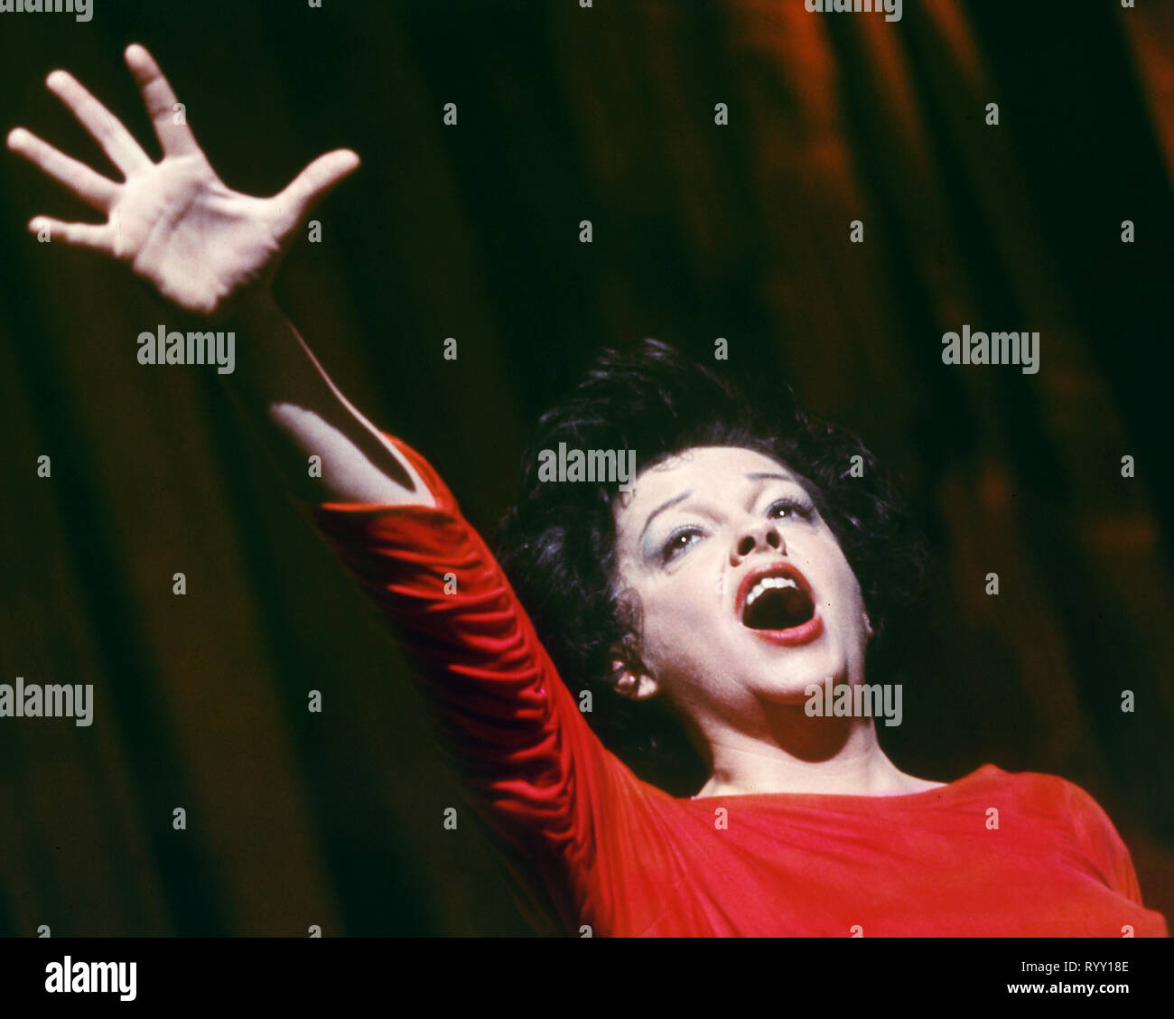 Judy Garland I Could Go On Singing 1963 United Artists File Reference 33751 849tha Stock Photo Alamy