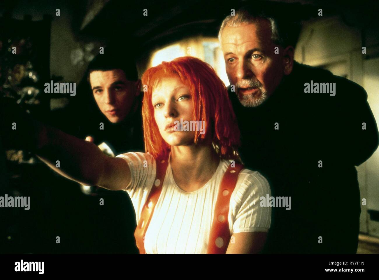 MILES,JOVOVICH,HOLM, THE FIFTH ELEMENT, 1997 - Stock Image