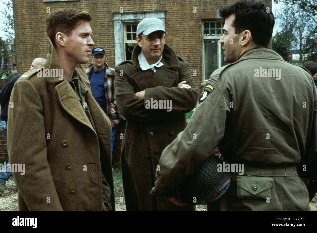 DAMIAN LEWIS, TOM HANKS, RON LIVINGSTON, BAND OF BROTHERS, 2001 - Stock Image