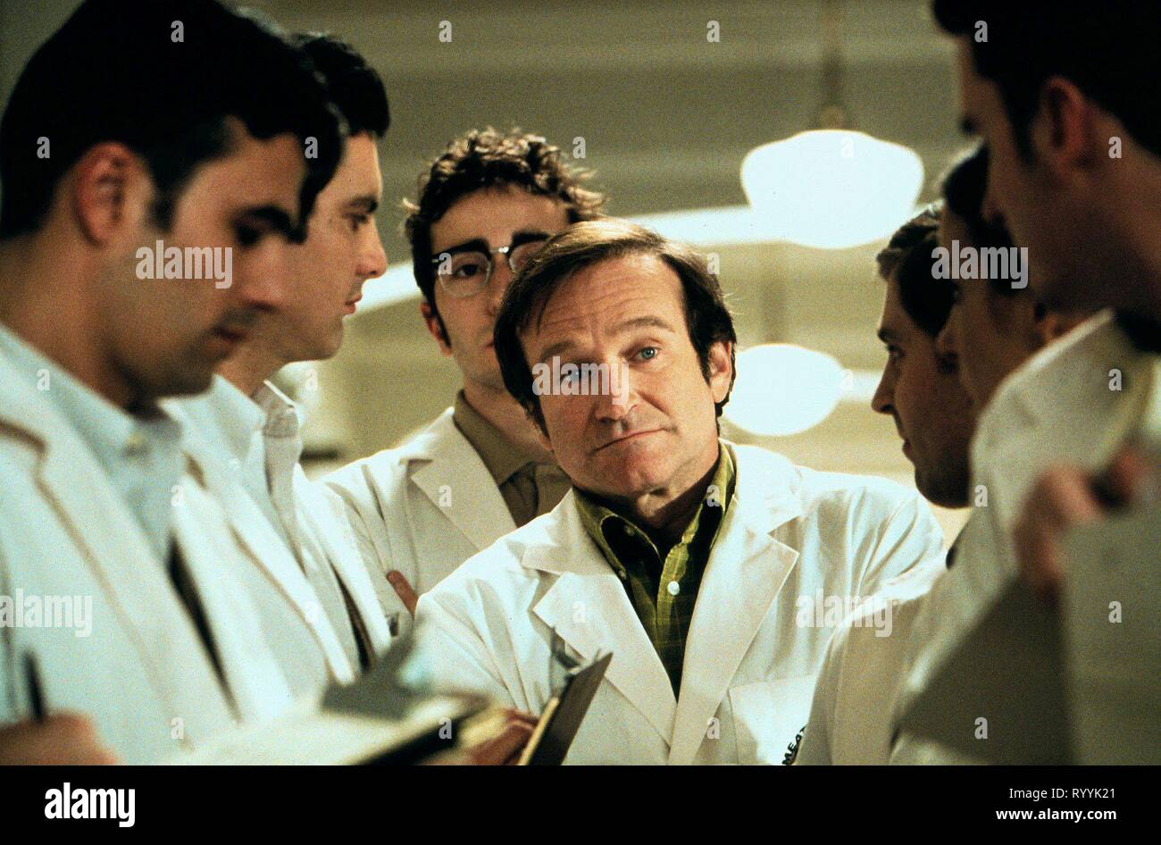 Robin Williams Patch Adams 1998 Stock Photo Alamy