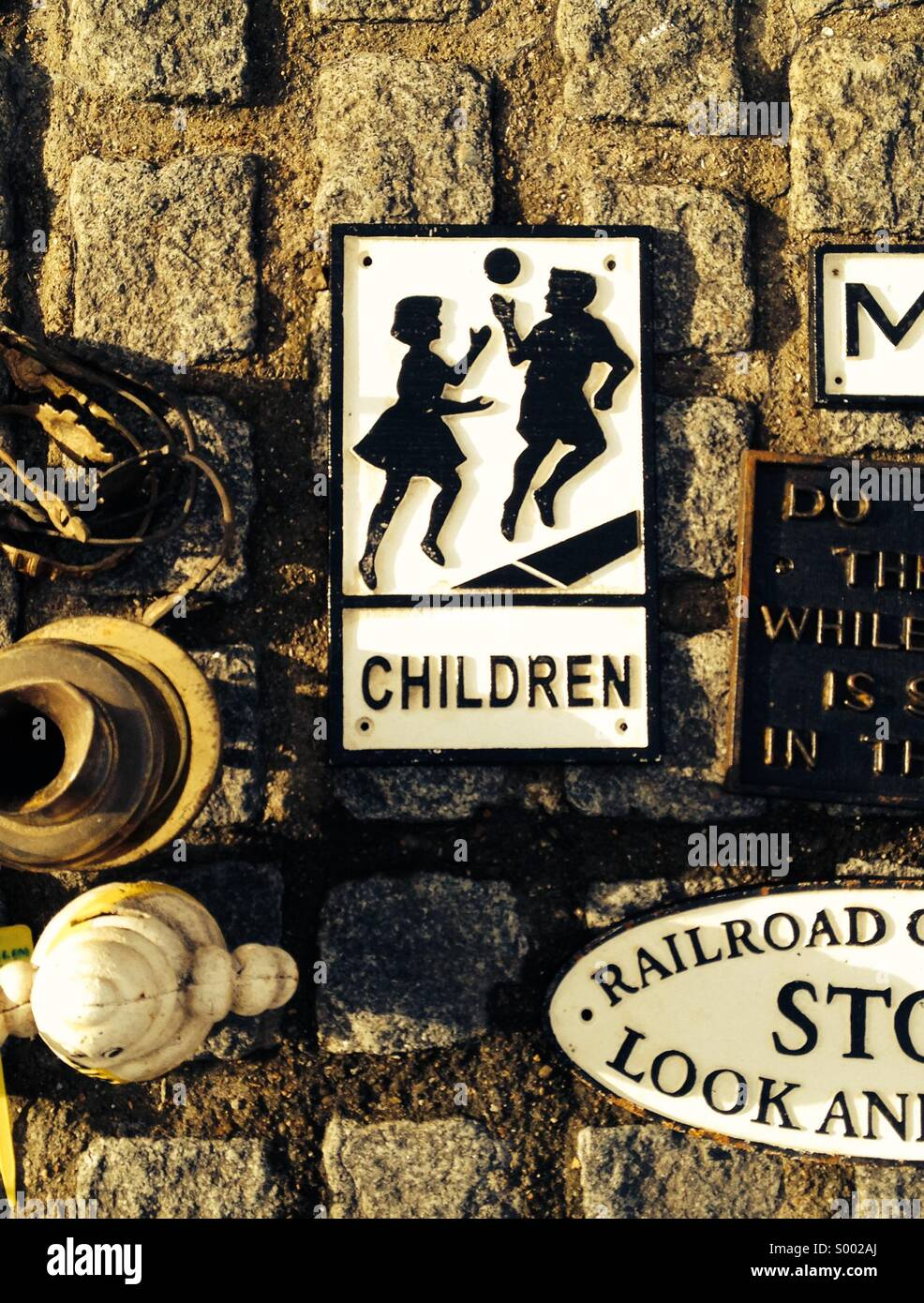 Playing children, vintage road sign - Stock Image
