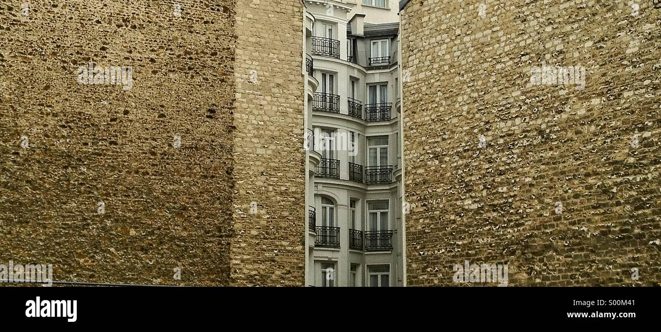 Apartment blocks in Central Paris, France. - Stock Image