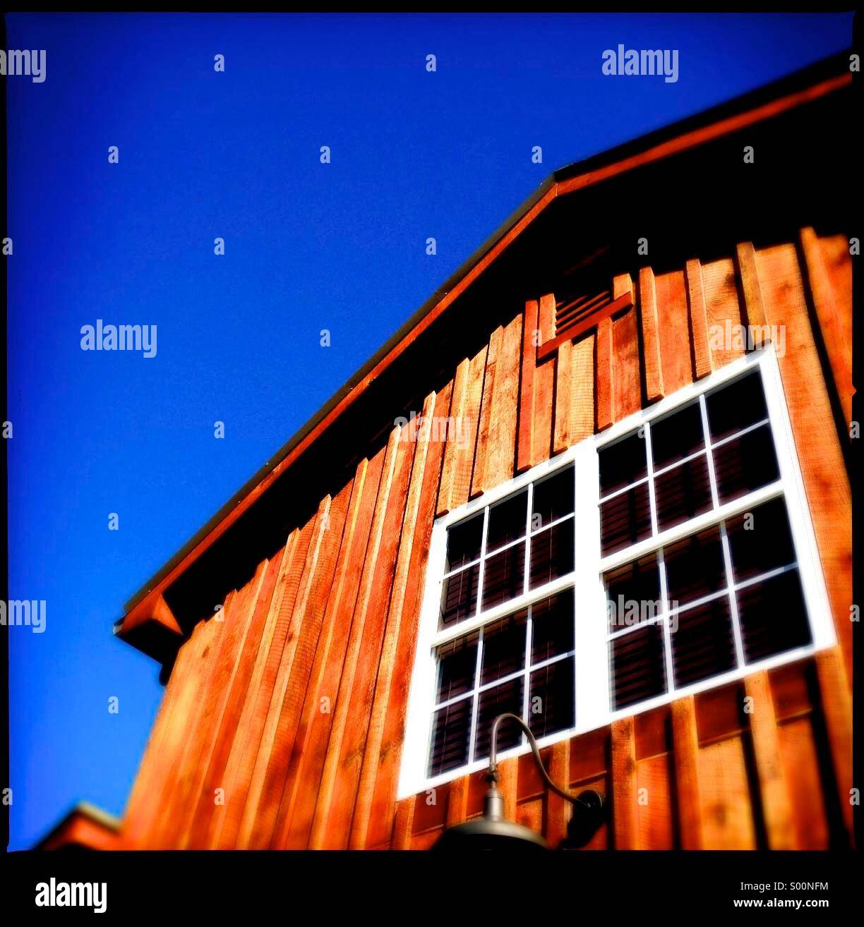 Side view of barn - Stock Image