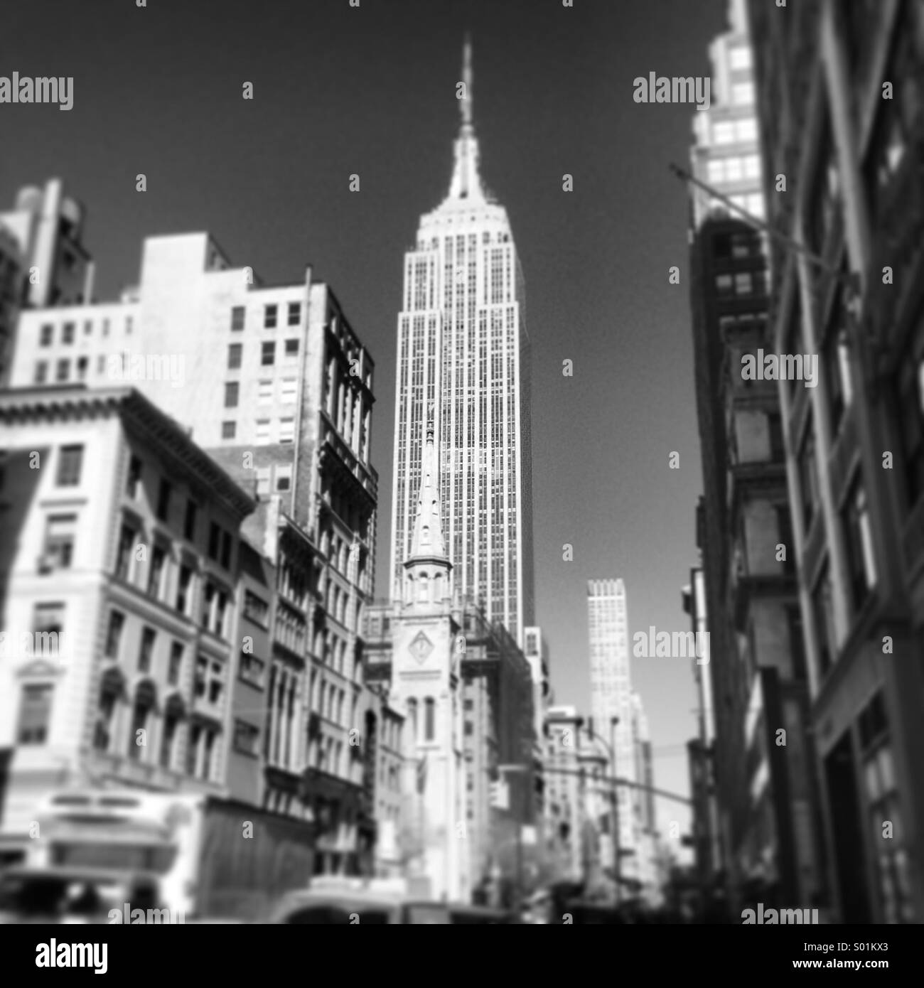 Empire State Building from 5th avenue. - Stock Image