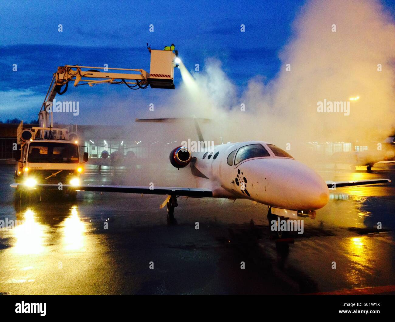 Cessna Citation Mustang de ice at Zurich Airport - Stock Image