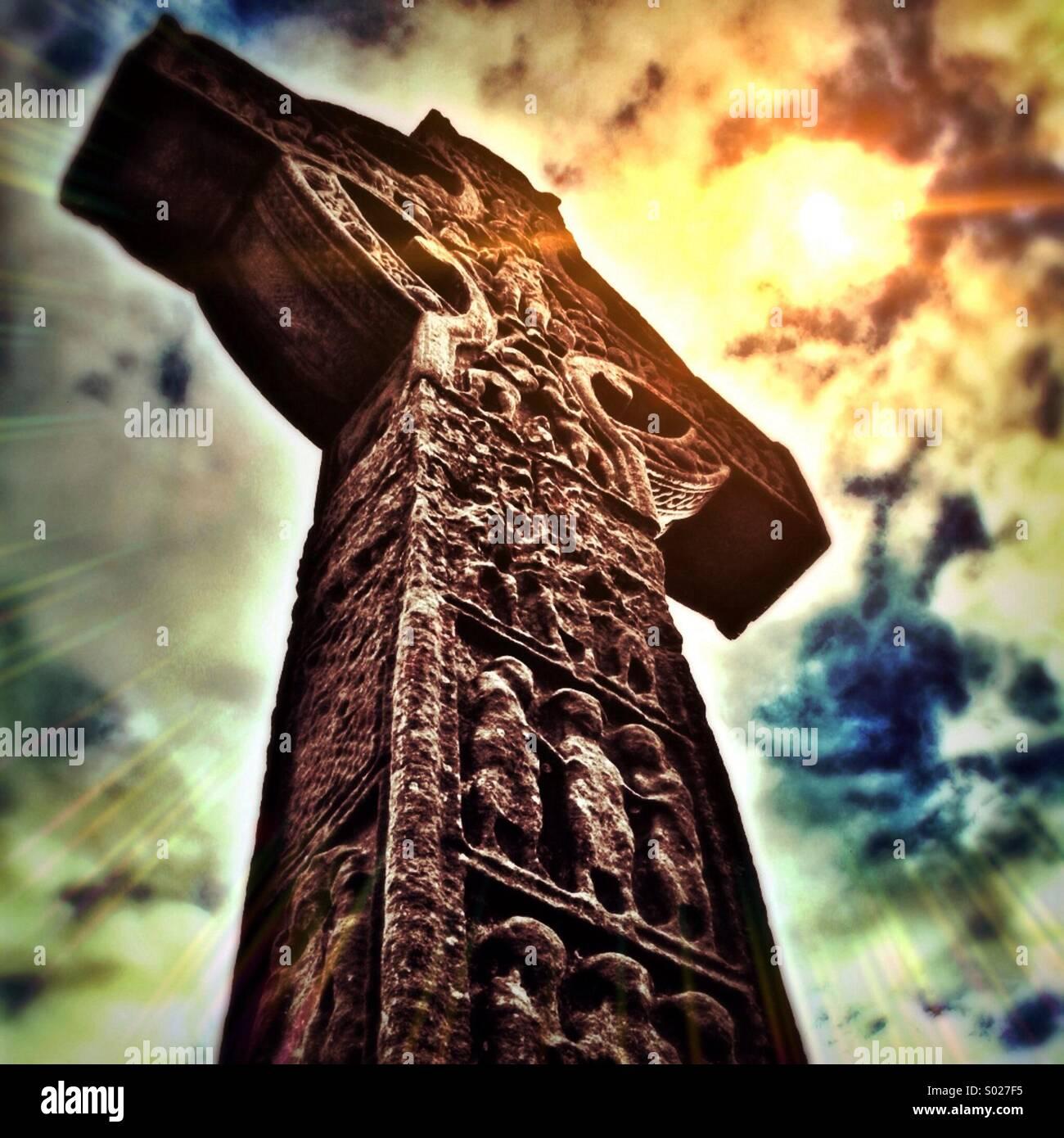 Celtic cross light of heaven - Stock Image