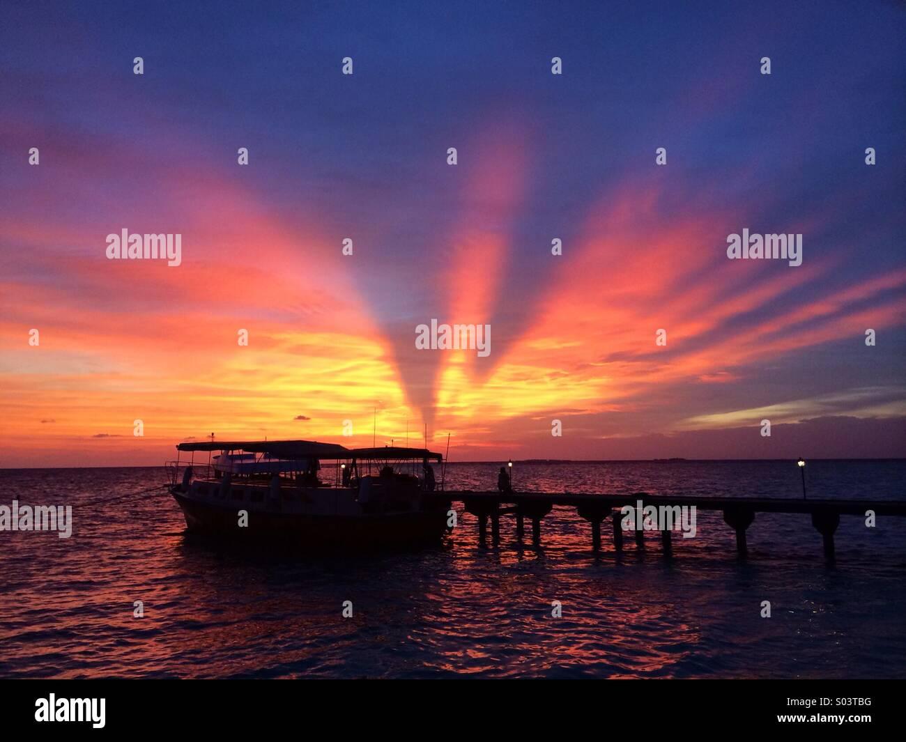 Maldivian sunset - Stock Image