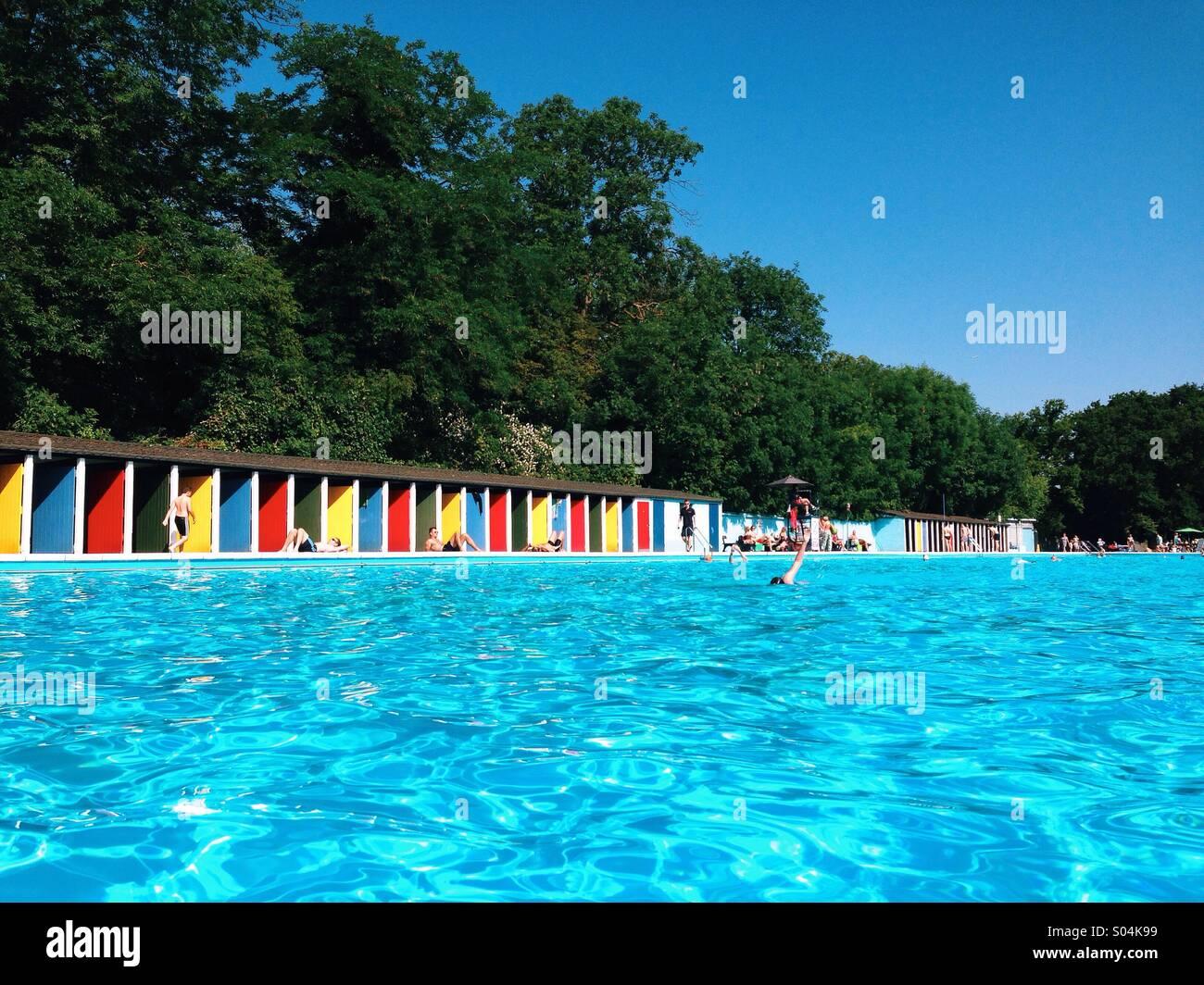 Tooting Lido. Outdoor pool. - Stock Image