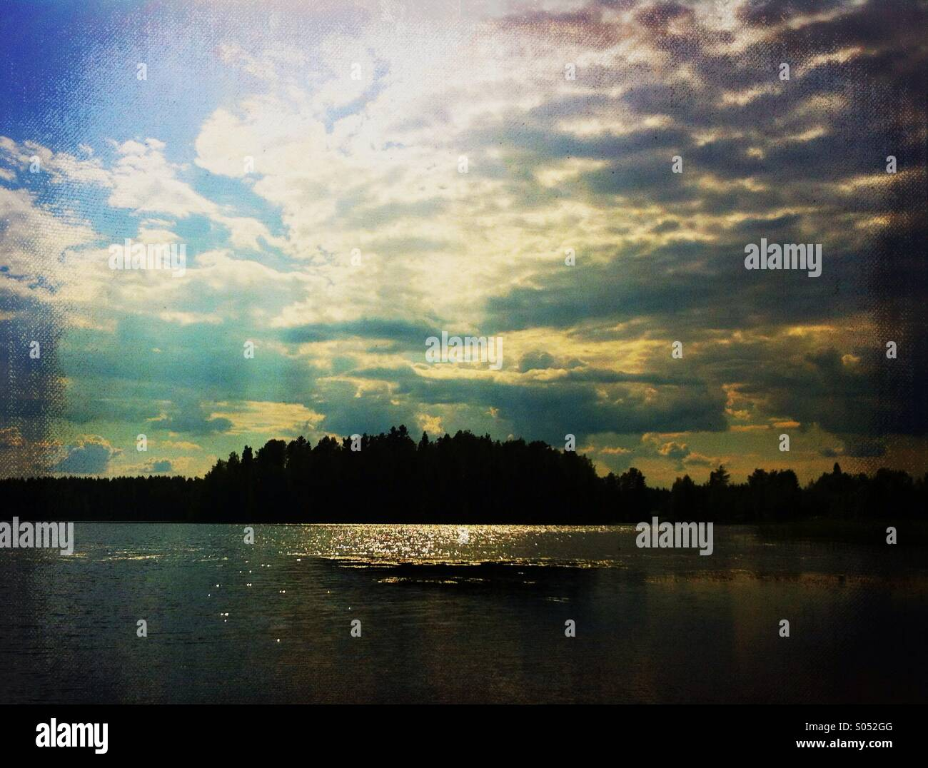 Dramatic lakeview on a hot summer day - Stock Image