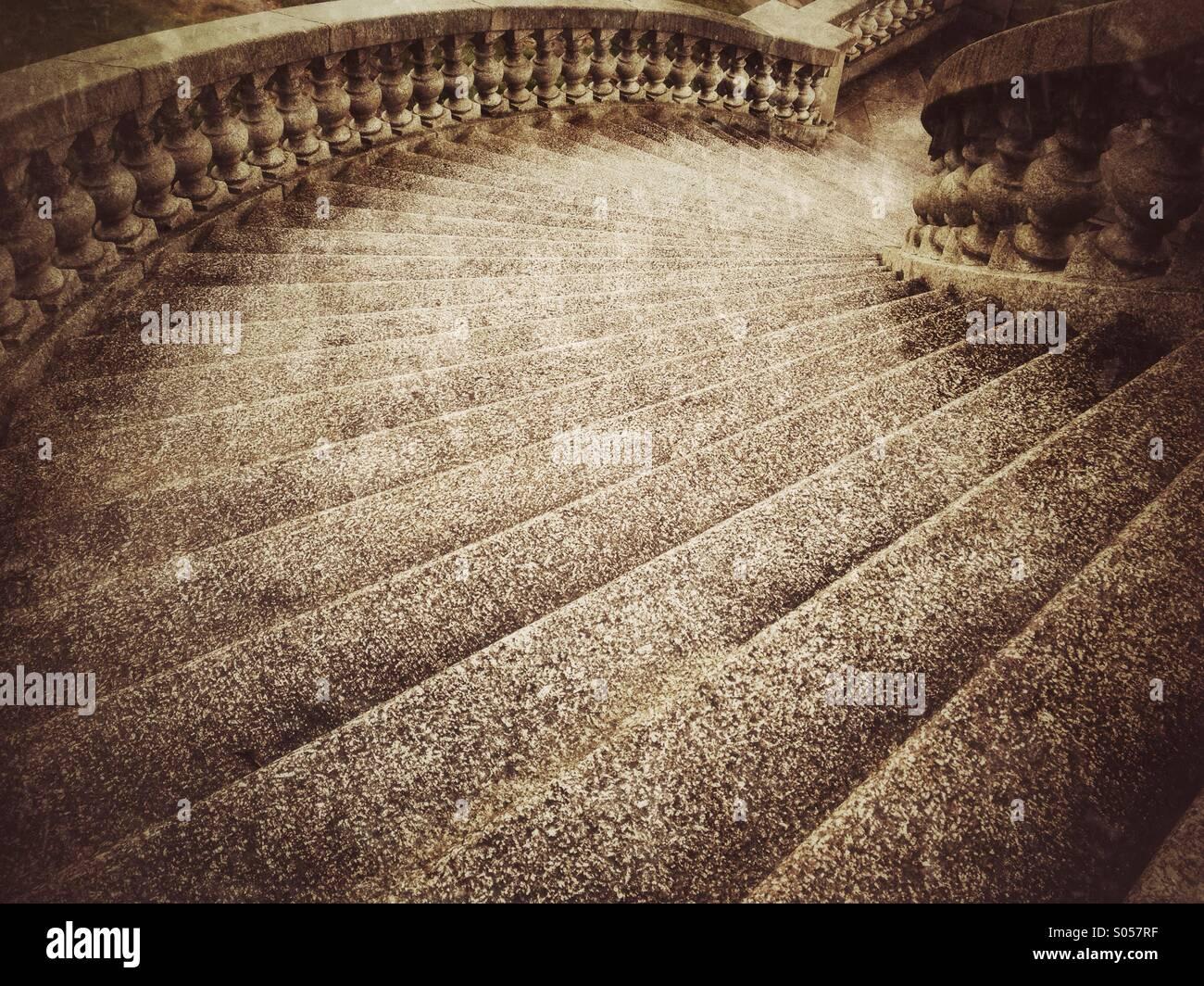 Curving steps on Ashton Memorial in Lancaster - Stock Image