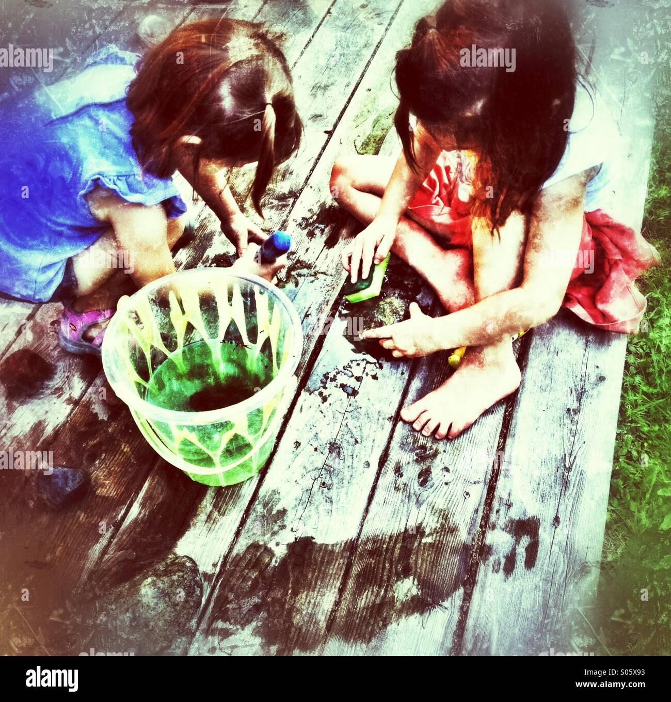 Children playing - Stock Image