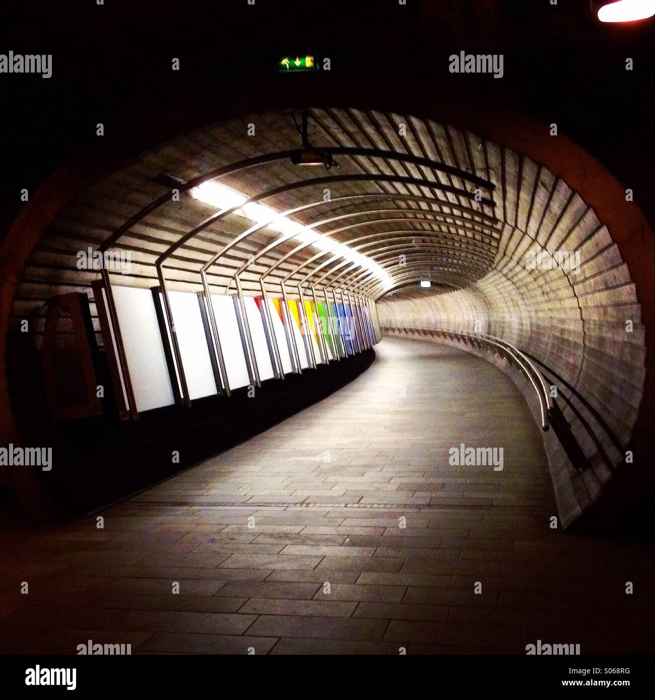 Tunnel underground walkway - Stock Image