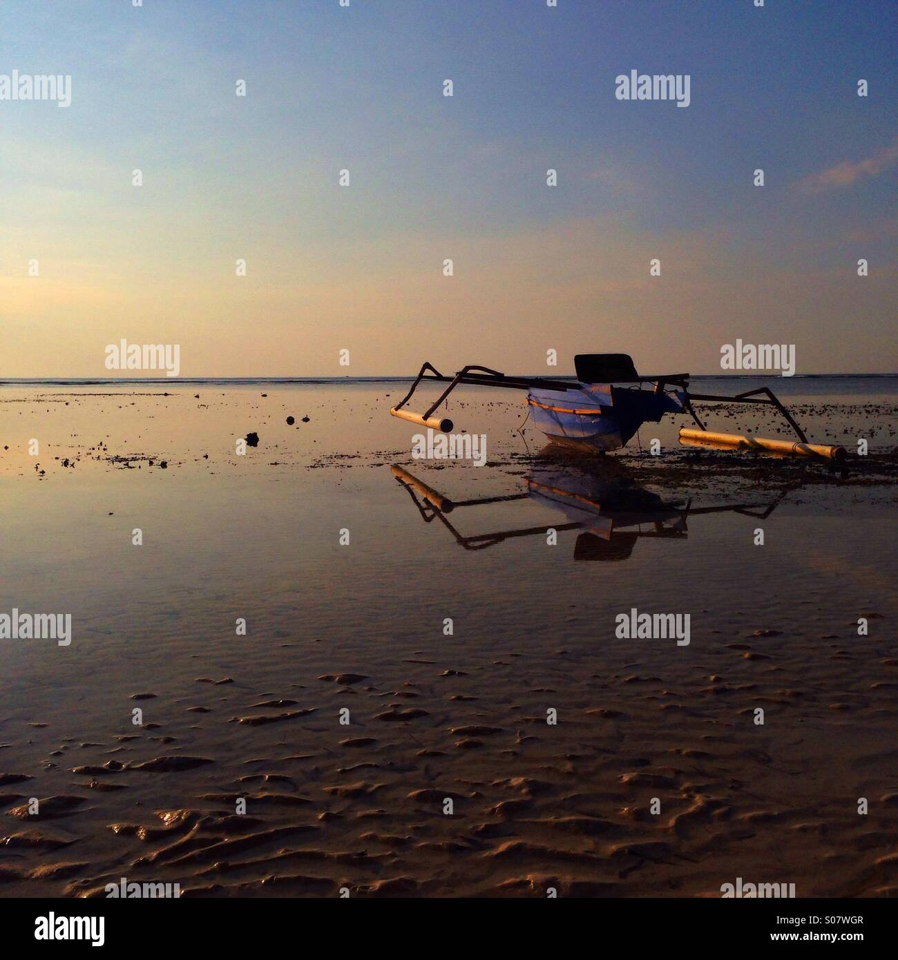 Boat on the beach - Stock Image