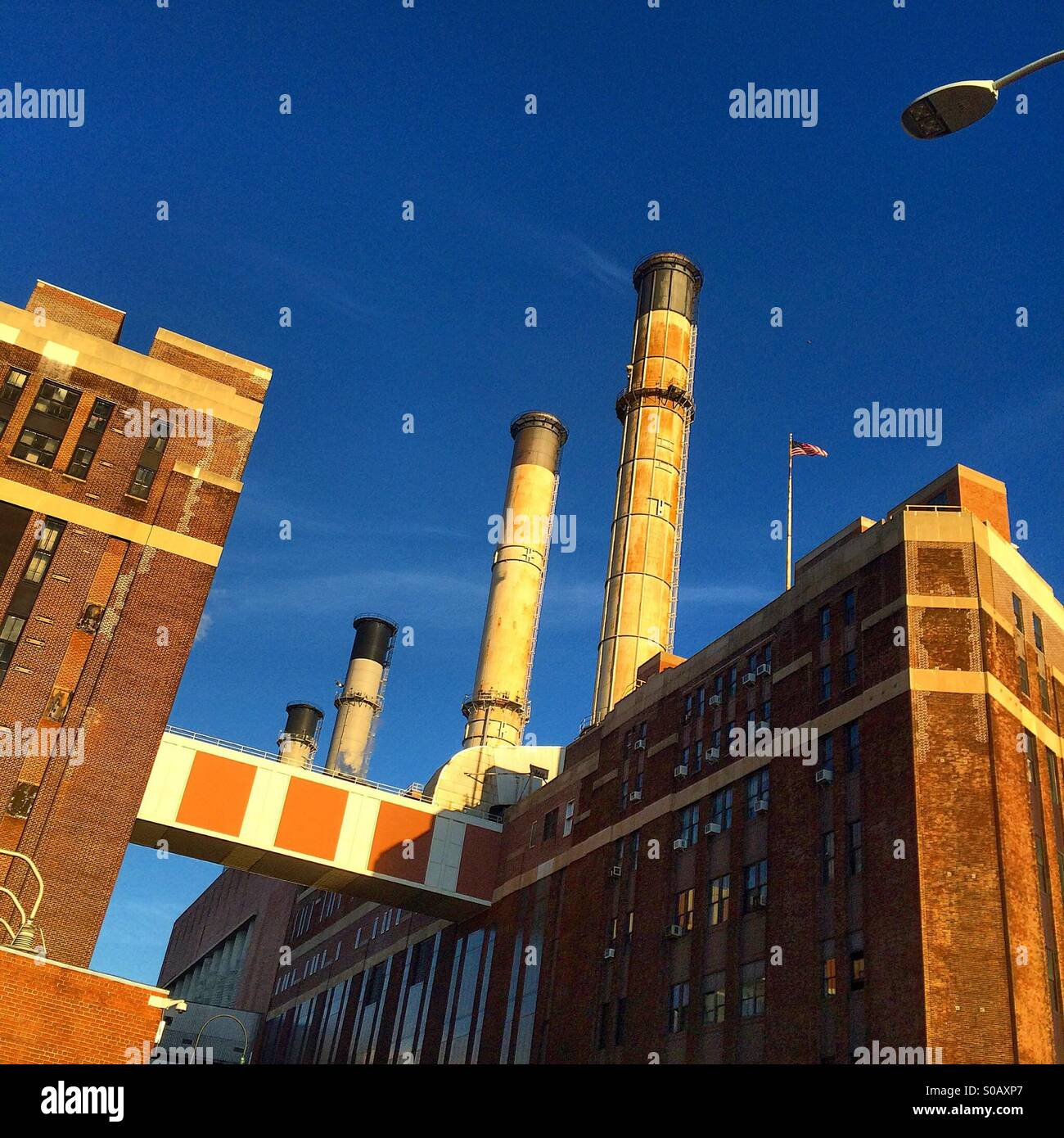 The Consolidated Edison plant on the East Side of Manhattan. - Stock Image
