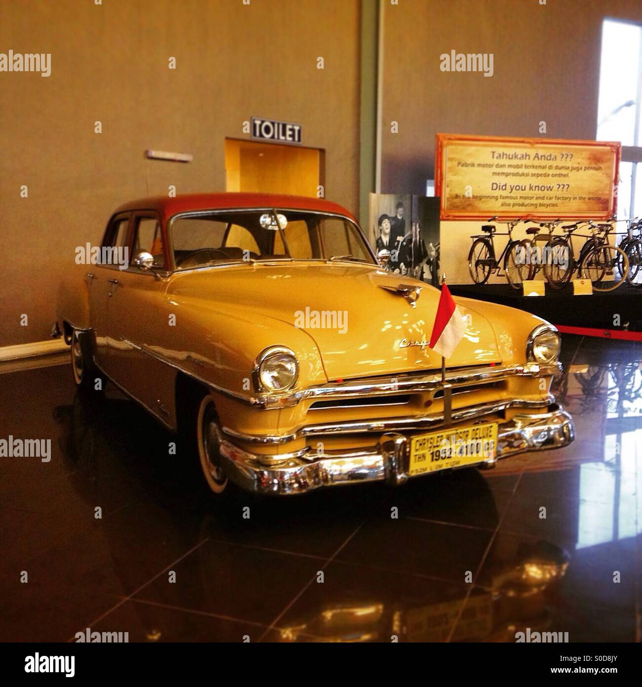 Chrisler Windsor Deluxe 1952, First Indonesia President's car Stock