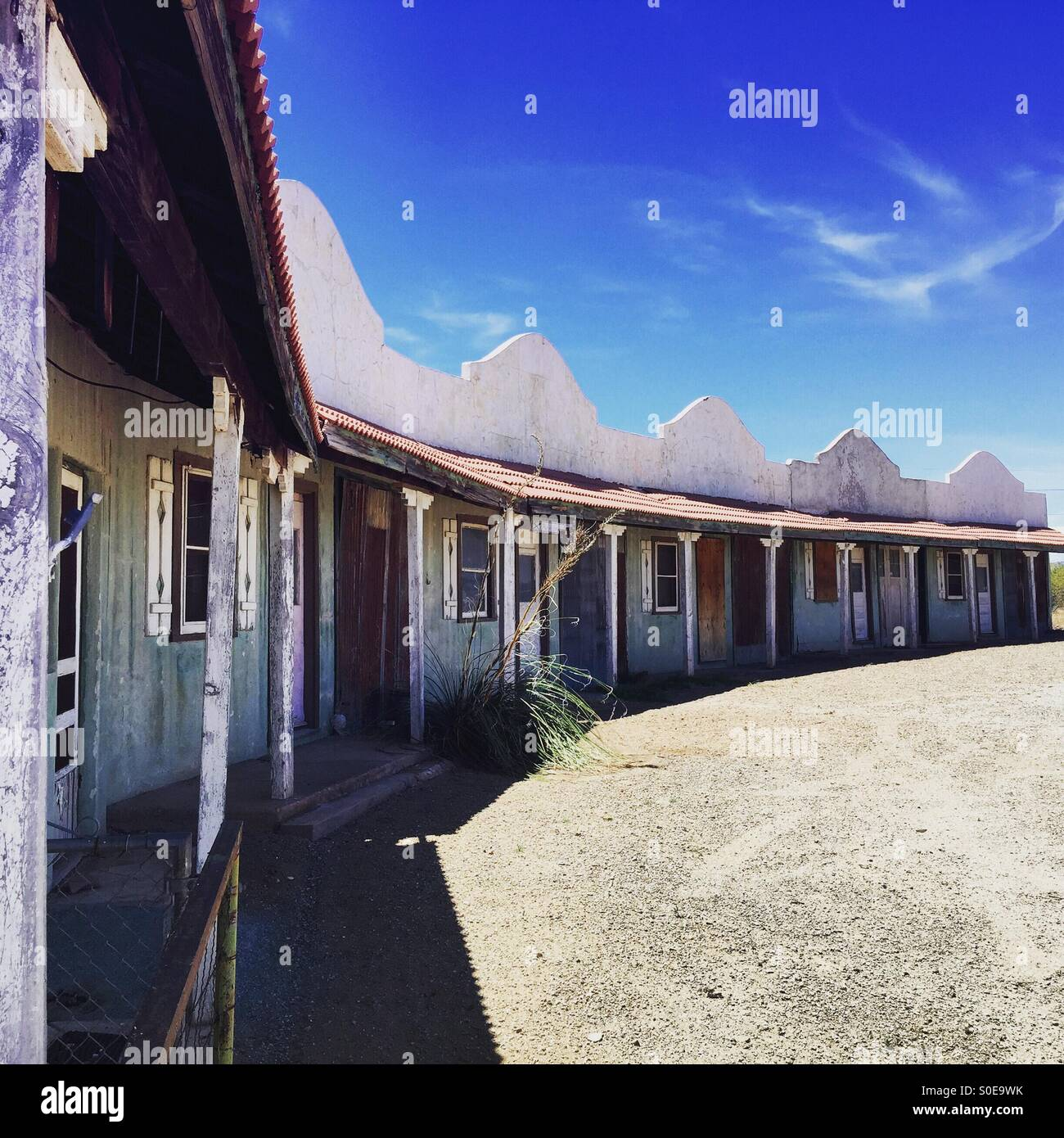 Abandoned motel in Lordsburg New Mexico - Stock Image & Lordsburg New Mexico Stock Photos u0026 Lordsburg New Mexico Stock ...