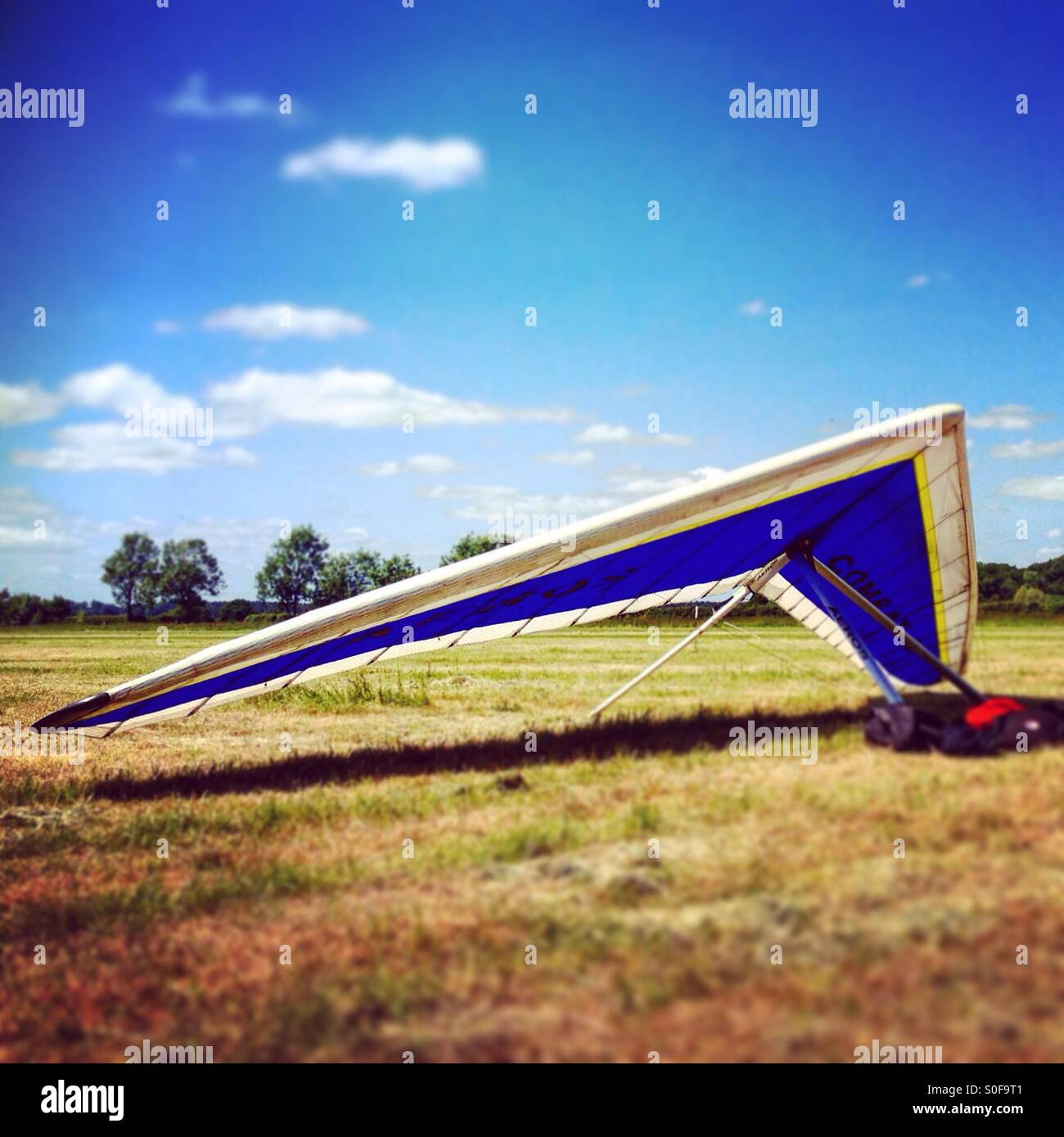Hang glider on the ground - Stock Image