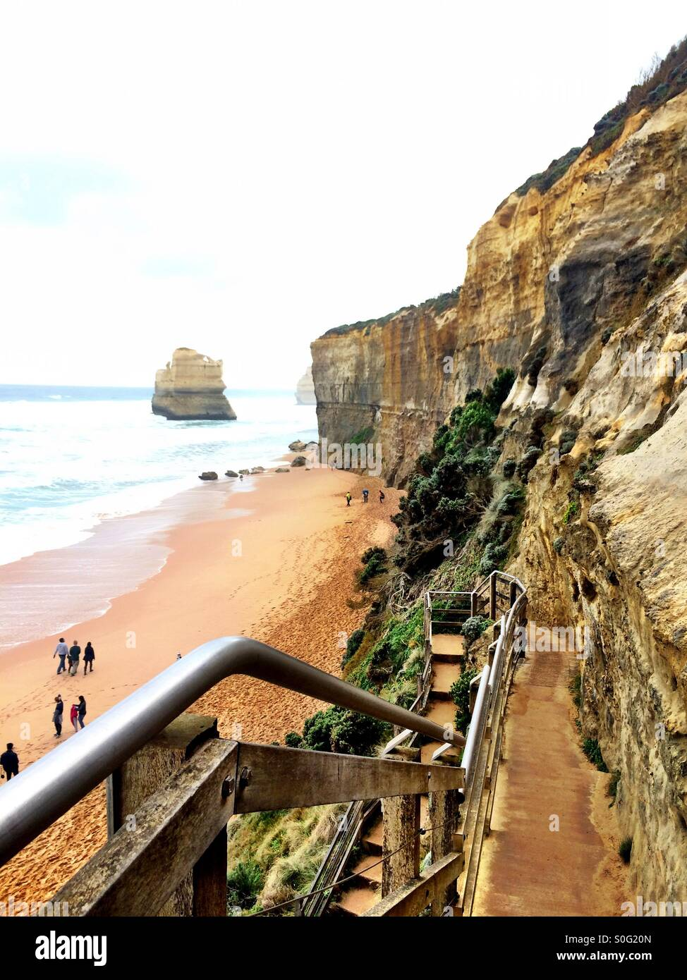 gibson steps  twelve apostles  port campbell national park  great stock photo  310139445