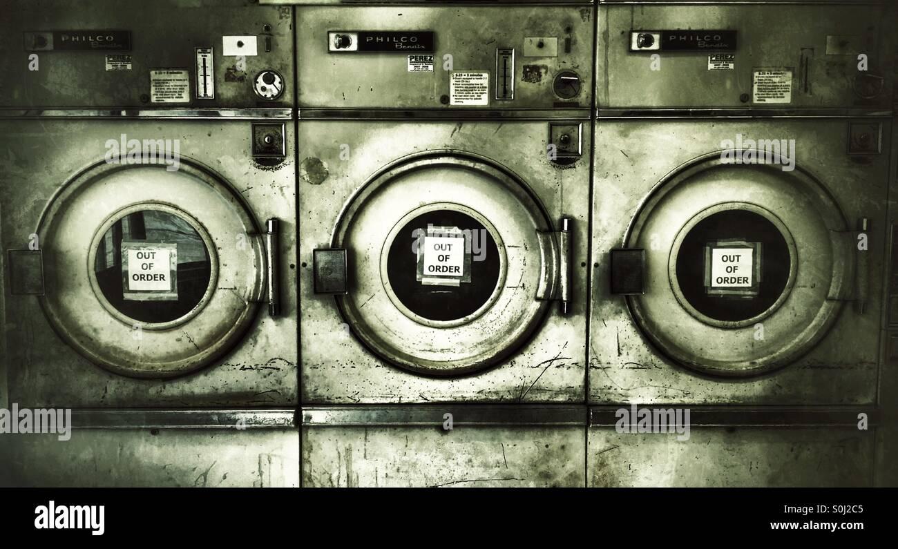Laundromat Stock Photos & Laundromat Stock Images - Alamy