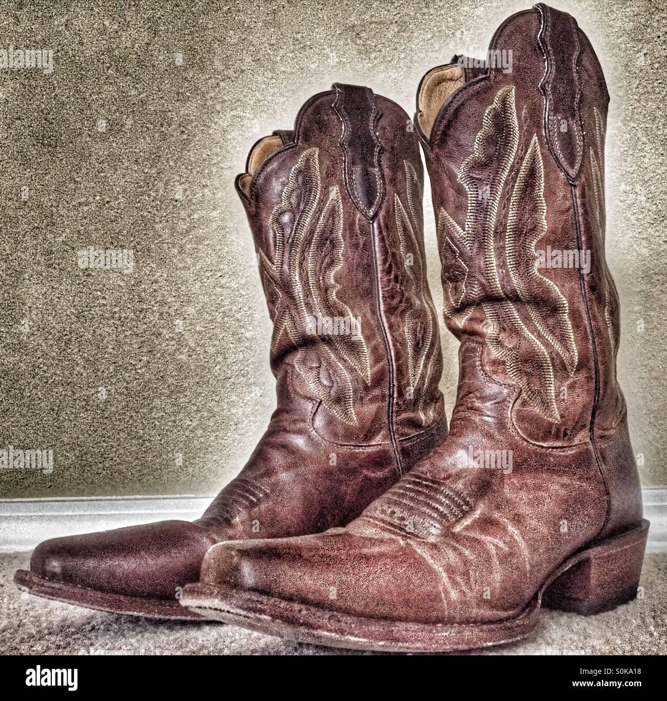 21d98357bd6 Worn cowboy boots Stock Photo: 310211588 - Alamy