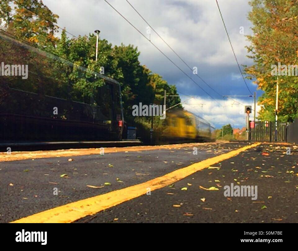 Blurred train lines - Stock Image