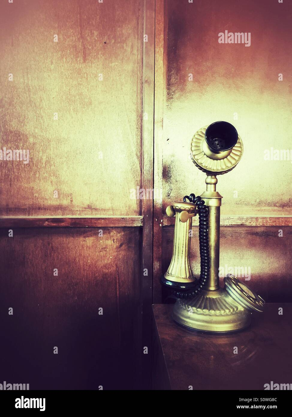Old fashioned telephone - Stock Image
