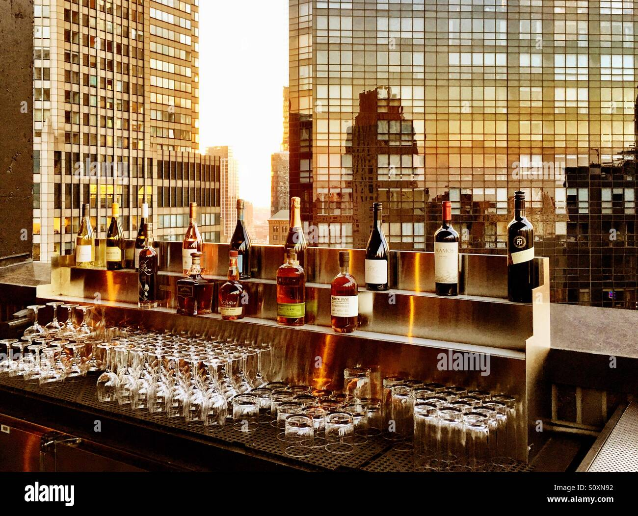 Rooftop Bar in Manhattan, New York City. - Stock Image
