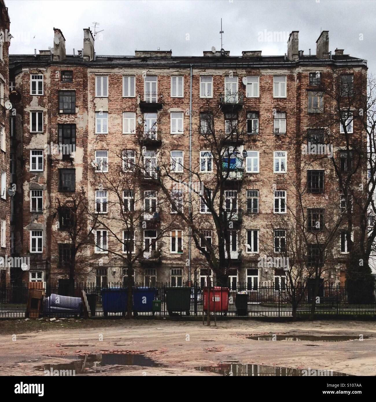 A building in Praga district of Warsaw, with scars from WWII - Stock Image