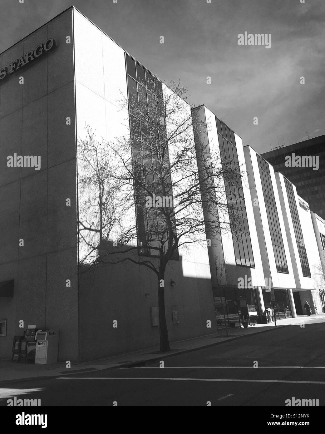 Wells Fargo bldg Asheville - Stock Image