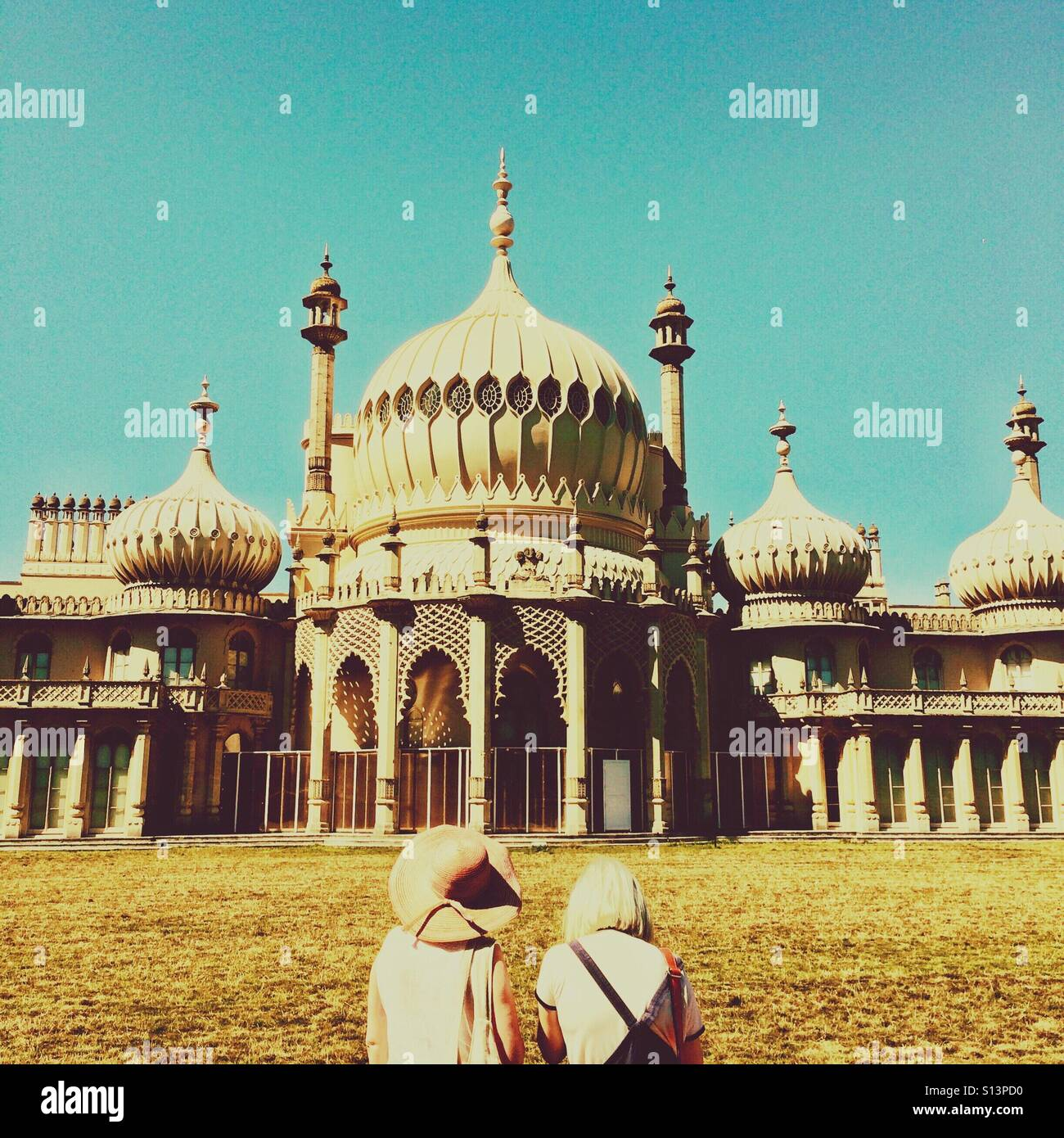 Sightseers at the Brighton Pavillion Brighton Sussex England UK - Stock Image