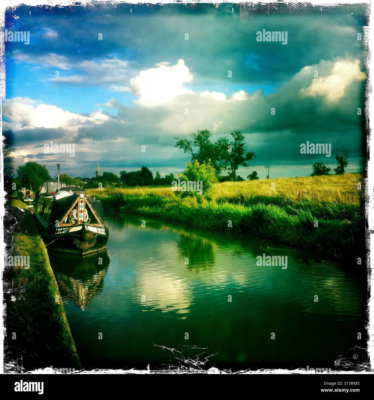 Oxford canal near King's Sutton, Oxfordshire. - Stock Image