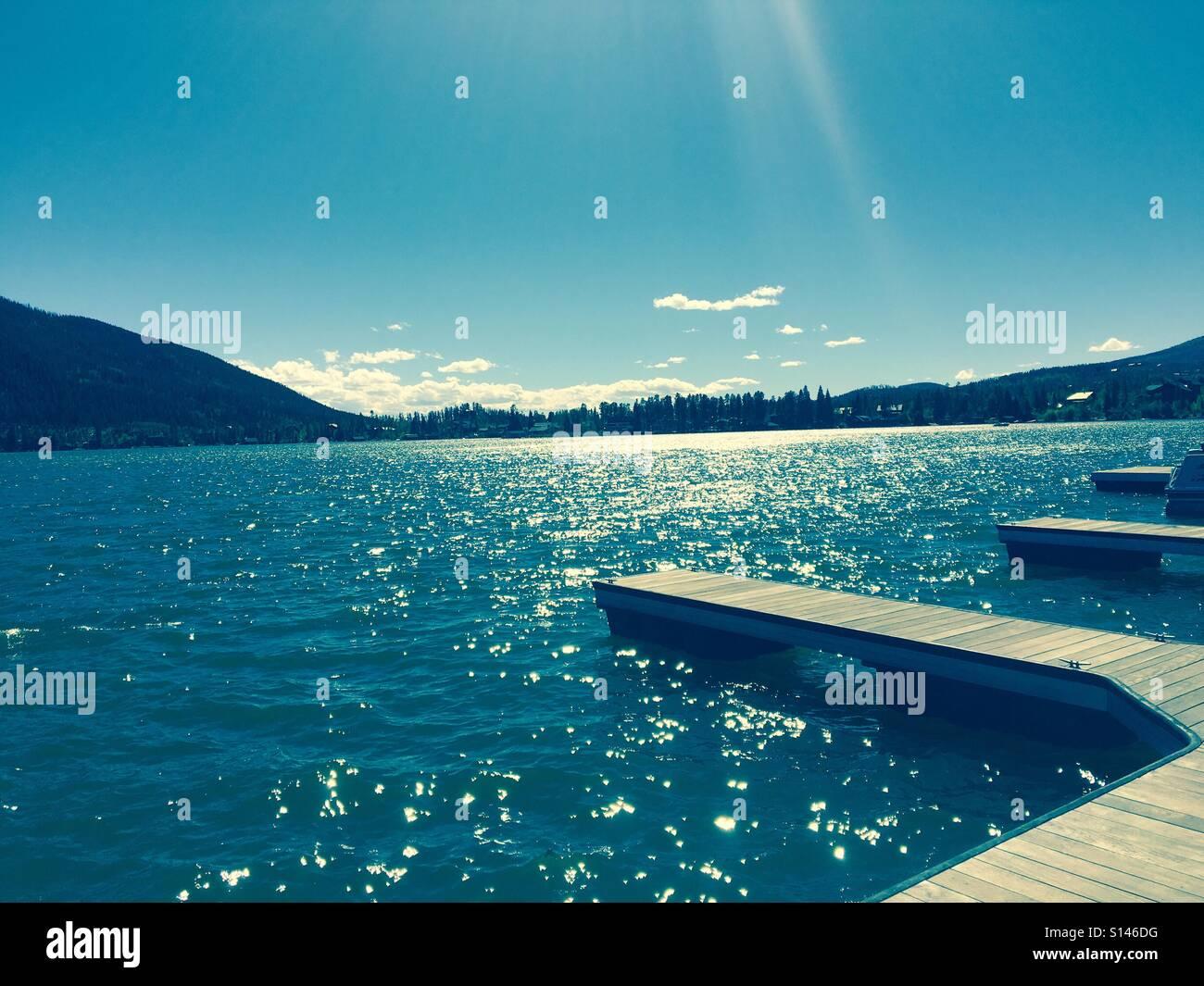Beautiful lake in between mountains - Stock Image