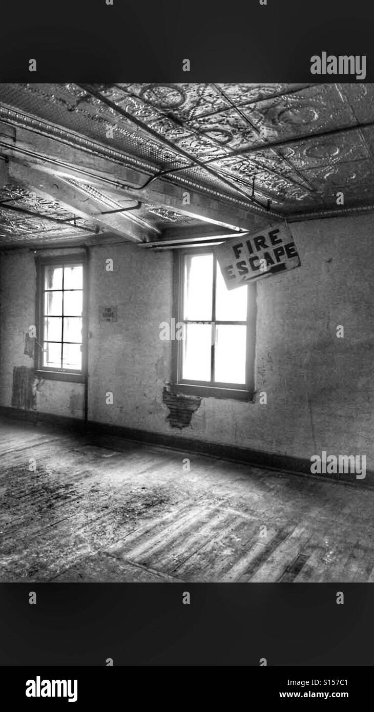 Black and white unoccupied building - Stock Image
