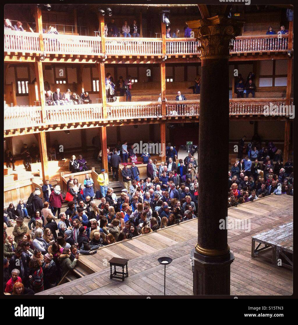 Shakespeare's Globe theatre, waiting to see Merchant of Venice - Stock Image