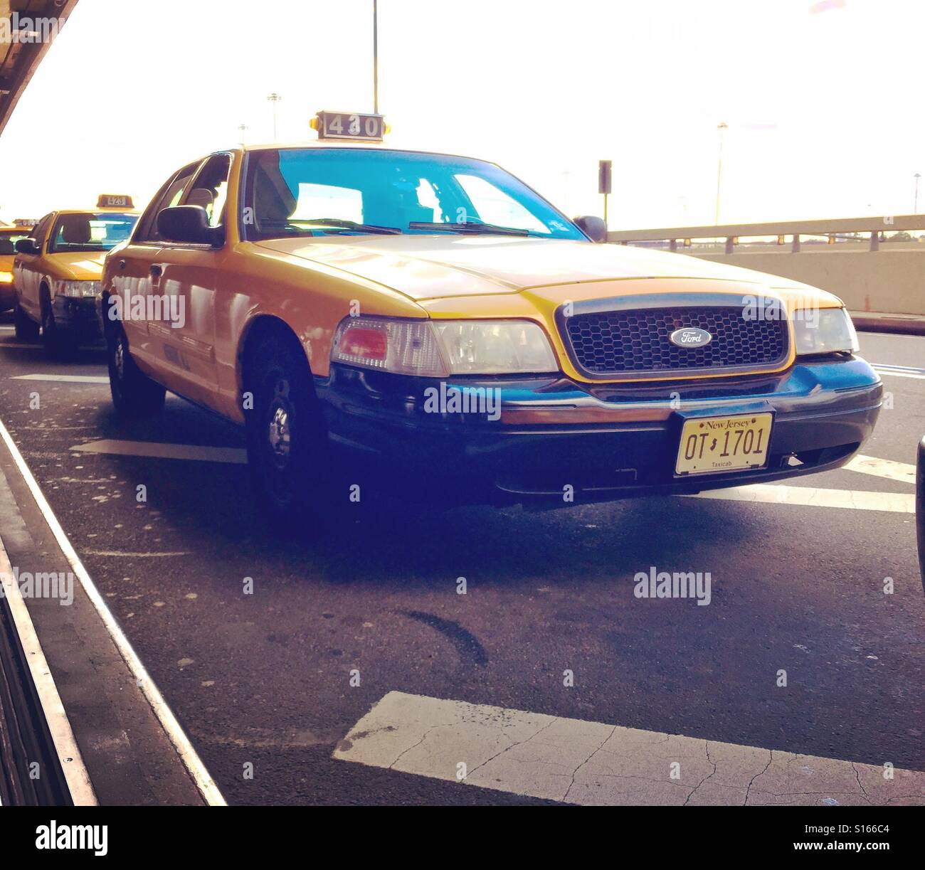 Crown Victoria Stock Photos Images Alamy 1980 Ford Taxi Yellow Cab And Jfk Airport In New York For Years The