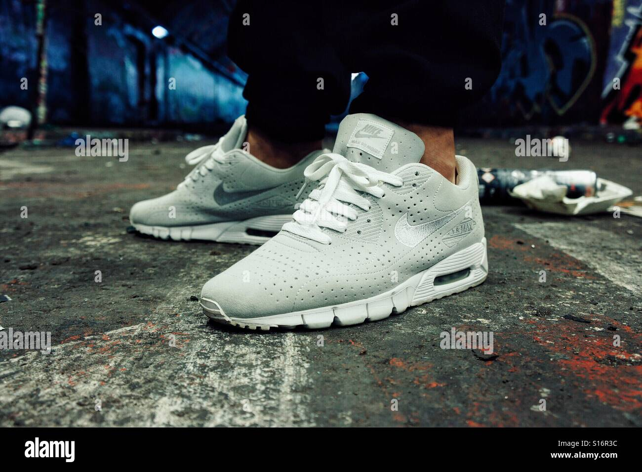 Nike air max 90 current Moire Stock Photo: 310551120 Alamy