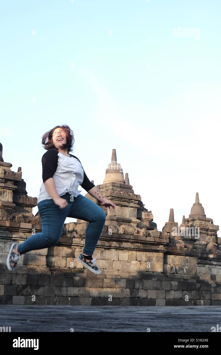 Woman jumpshot - Stock Image