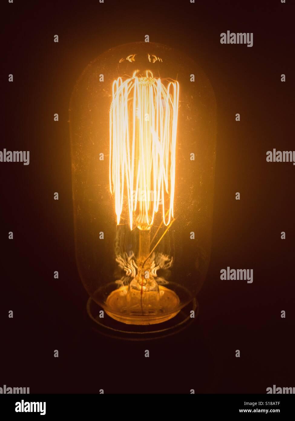 Vintage Edison style lightbulb - Stock Image