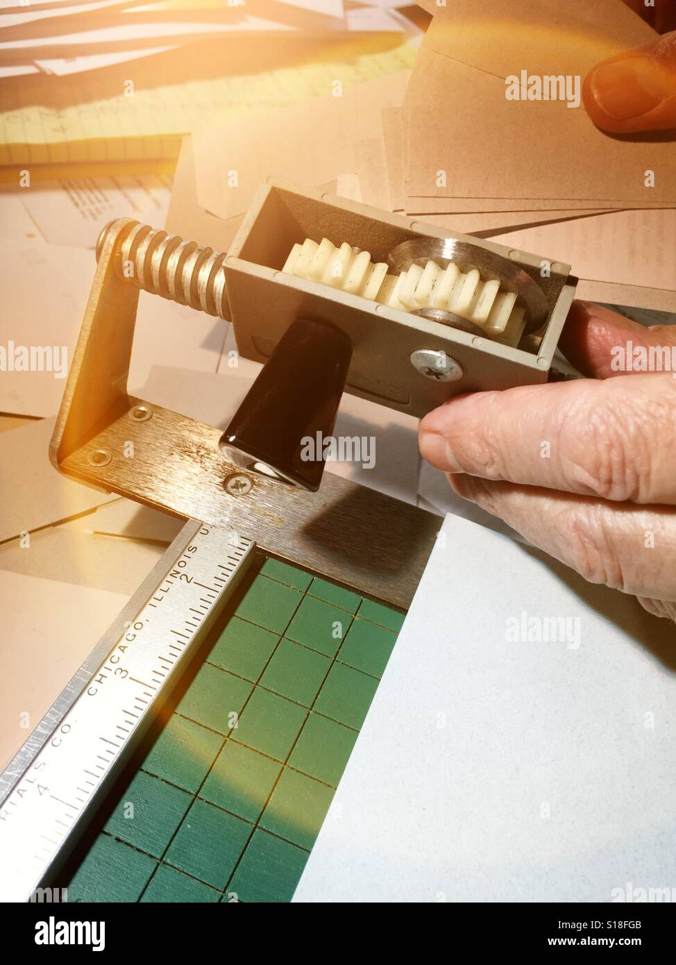 Vintage paper trimmer - Stock Image