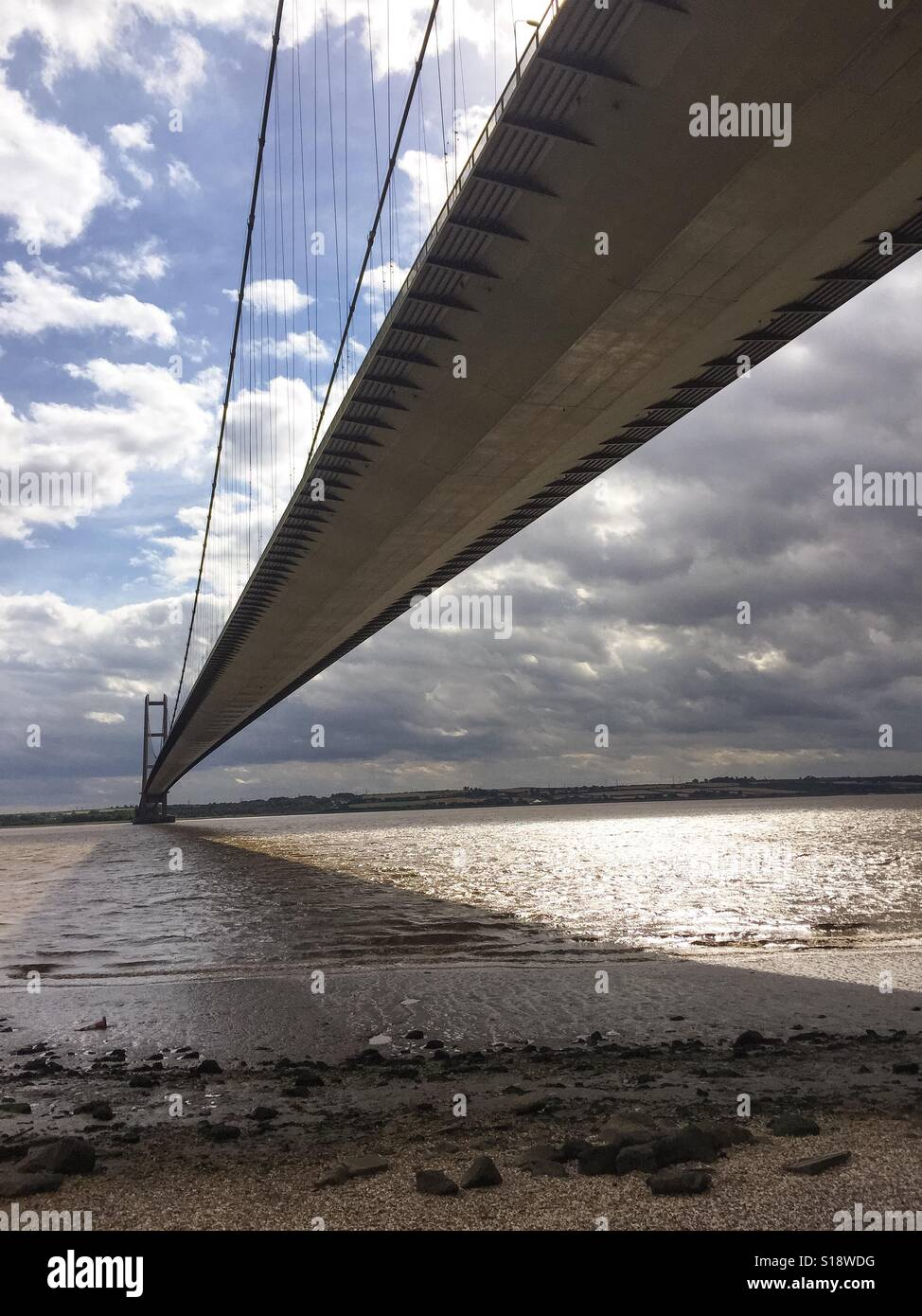 The Humber Suspension Bridge Crossing Between Lincolnshire and East Yorkshire England United Kingdom U.K. - Stock Image