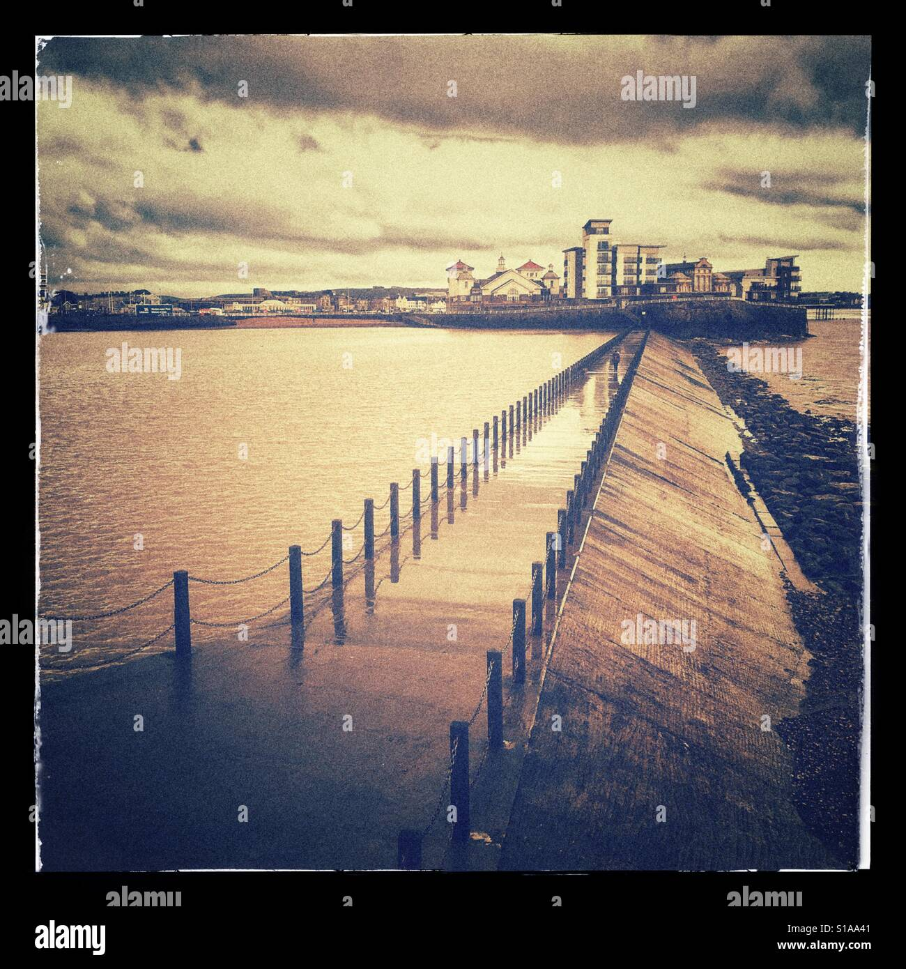 Marine Lake and its walkway in Weston super Mare, Somerset, England - Stock Image