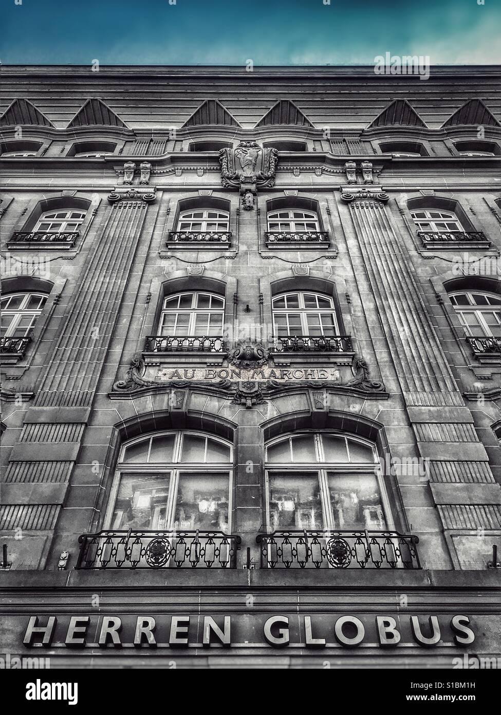 Facade of Herren Globus store, Bern, Switzerland - Stock Image