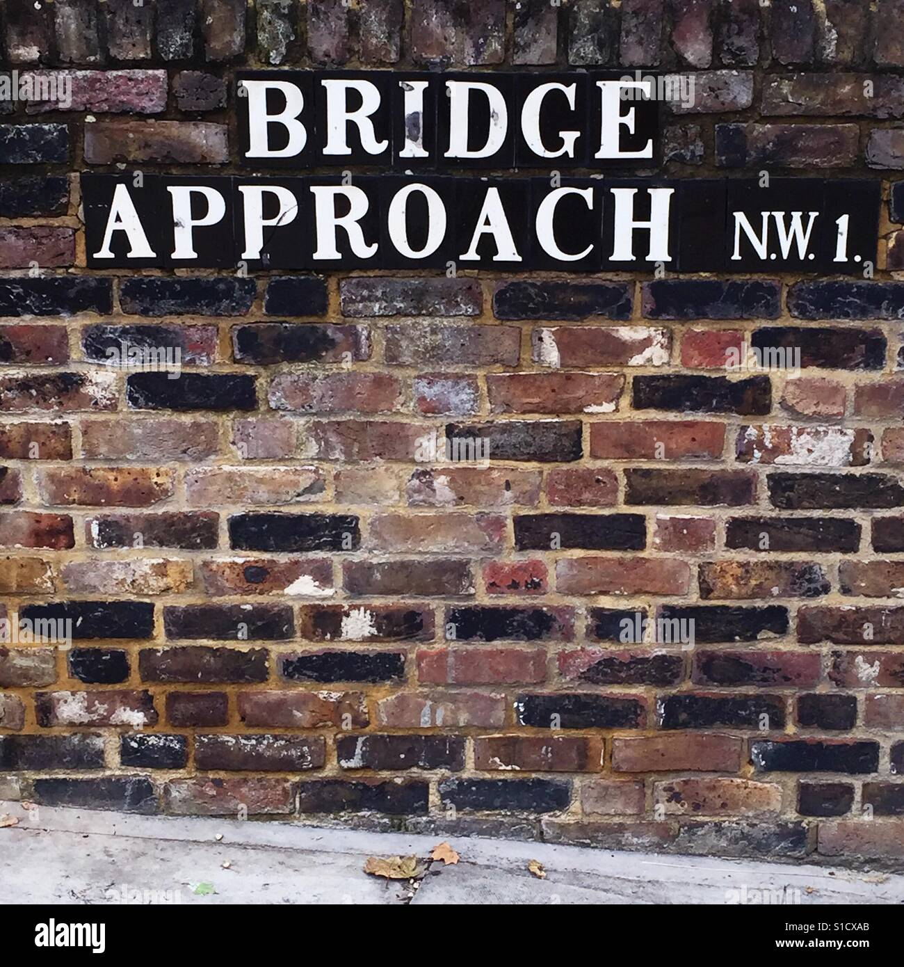 Bridge Approach NW1 - Stock Image