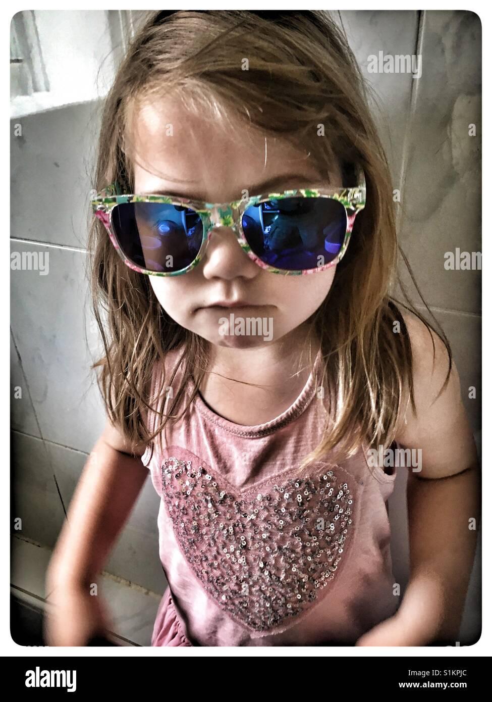 8745a14b5d85 Girls Wearing Sunglasses Stock Photos & Girls Wearing Sunglasses ...