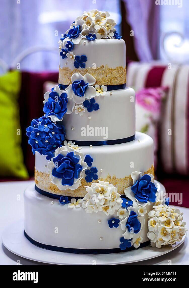 Blue And White Wedding Cake Stock Photo 310856673 Alamy