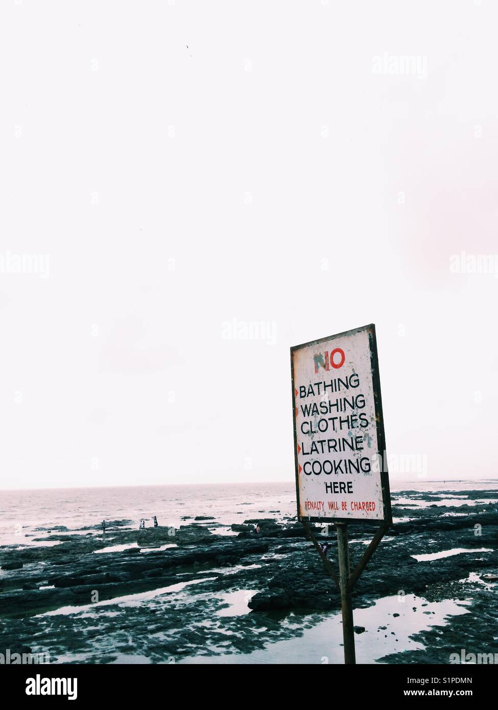 Beach signs India - Stock Image