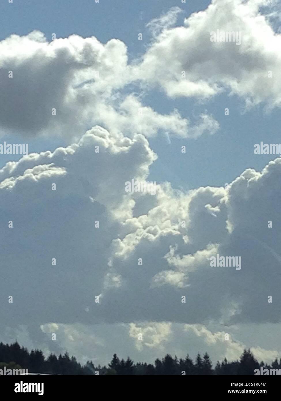 billowy  Billowy Stock Photos & Billowy Stock Images - Alamy