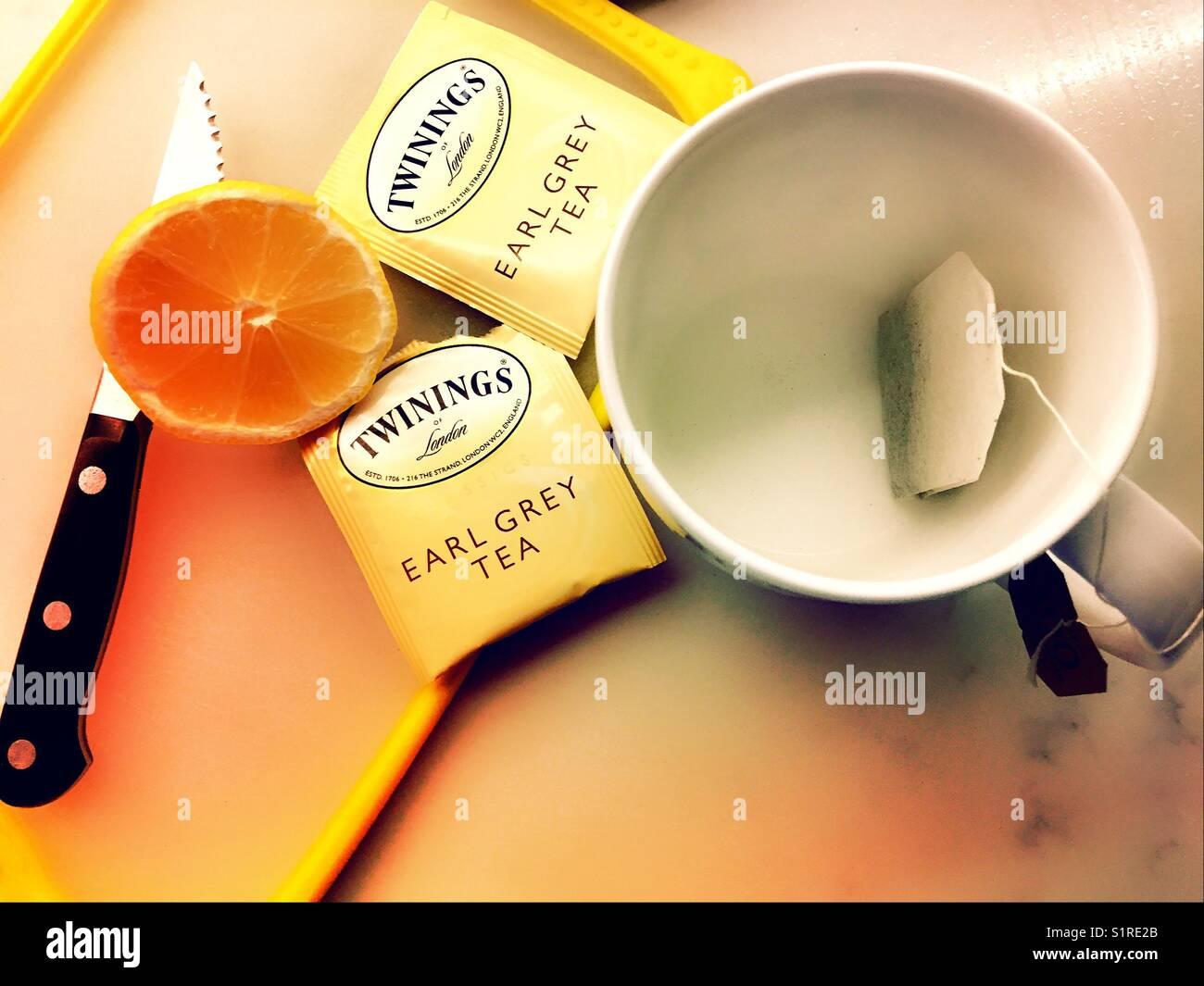 how to drink earl grey tea lemon